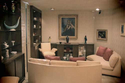 5_armstrong_livingroom